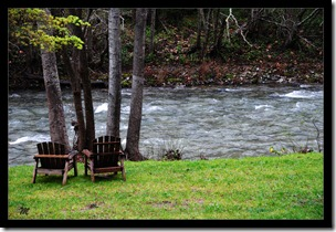 Seat-on-the-River-side